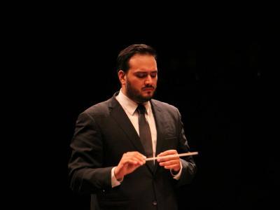 (C) Sierra-Moncayo. Foto: Orquesta Sinfónica de Oaxaca.