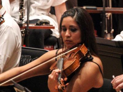 Felisa Hernández, toca en junio 2014 con la Filarmónica de la Ciudad de México (banner)